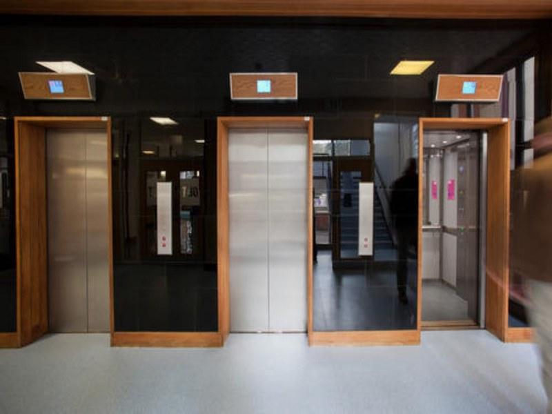 درب-آسانسور,قیمت درب سلکوم آسانسور,انواع درب آسانسور