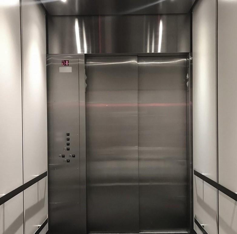 آسانسور بیمارستان,آسانسور بیمارستانی تخت بر,انواع آسانسور بیمارستانی